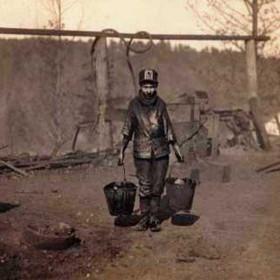 Young greaser Shorpy Higginbotham in the Dora Jefferson Mine, Alabama, 1910