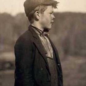 Young pusher, Alabama 1910.